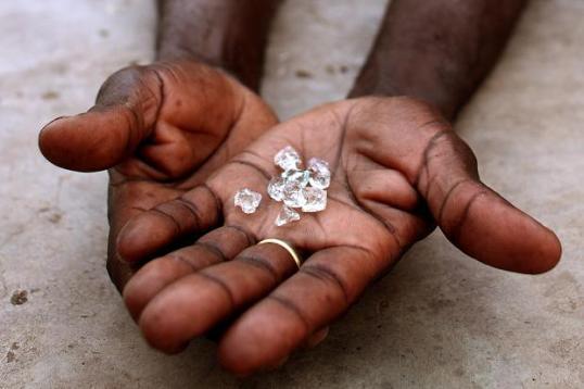 99414998_diamonds_239601c