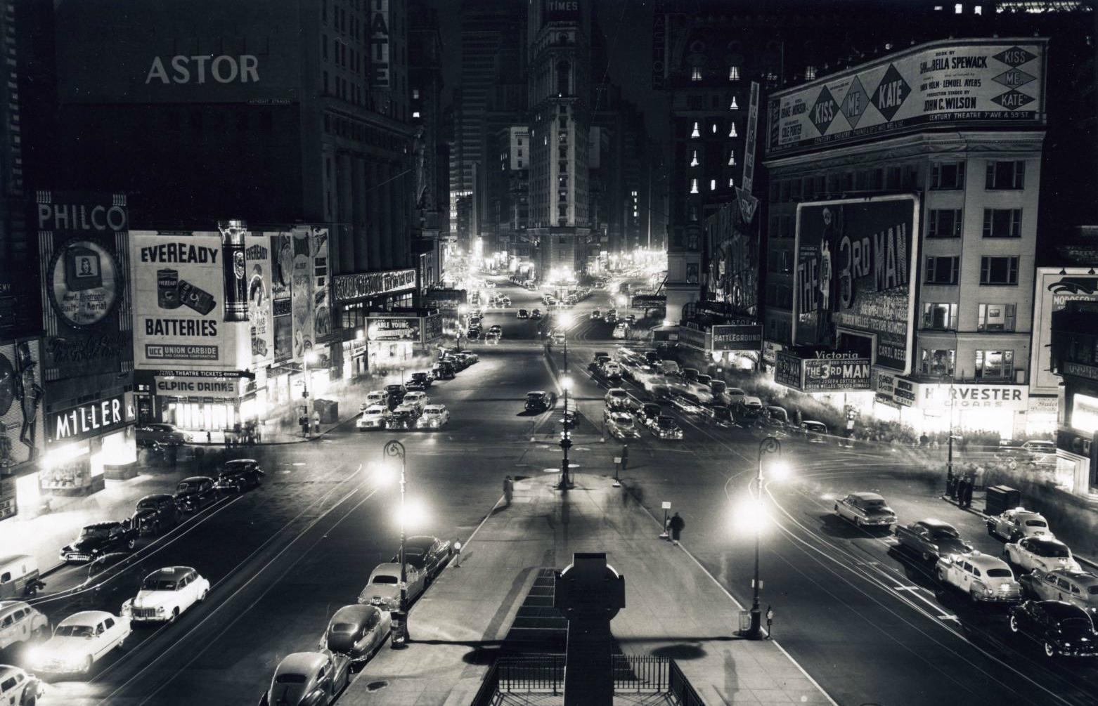 Resultado de imagen para New york 1950 El guardián entre el centeno por J. D. Salinger - Leerlo Todo