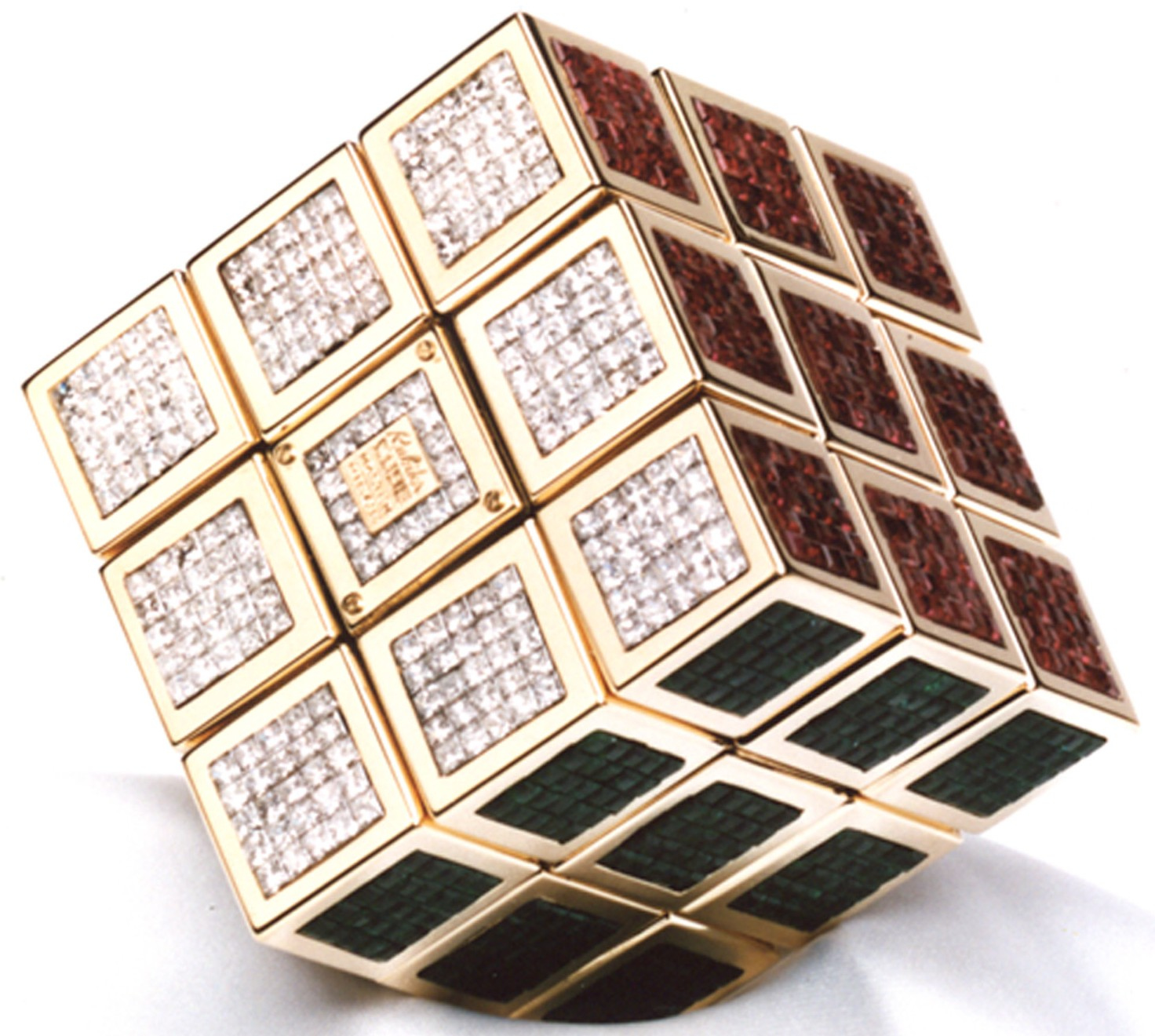 the world s most expensive rubik s cube 7rl playing in the world game. Black Bedroom Furniture Sets. Home Design Ideas