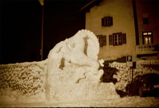 Romansch Area - Horse Snow Sculpture