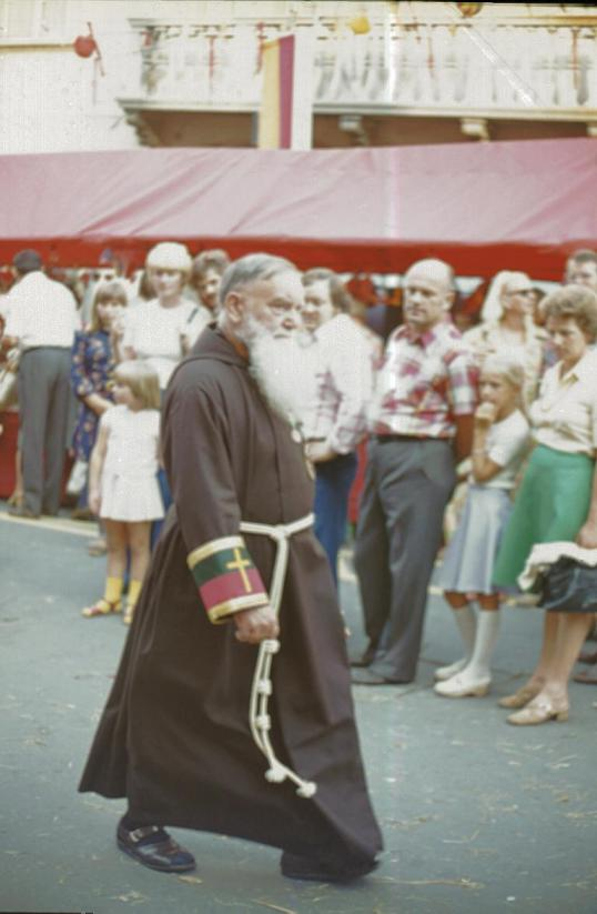 Villach - Kirchtag - Priest