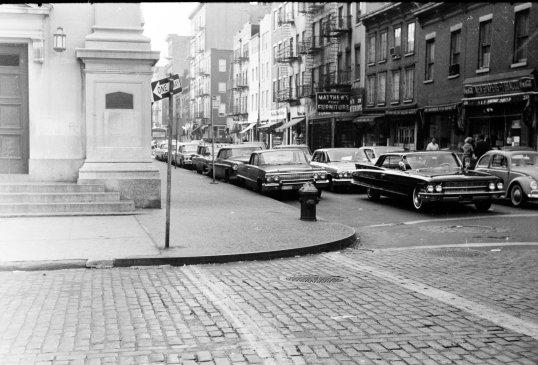 New York - Corner Scene