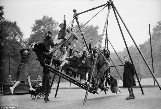 vintage-playground-swing-bloomsbury1