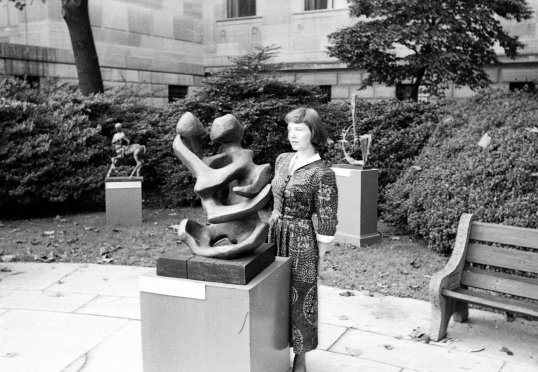 Philly Sculpture with Marg