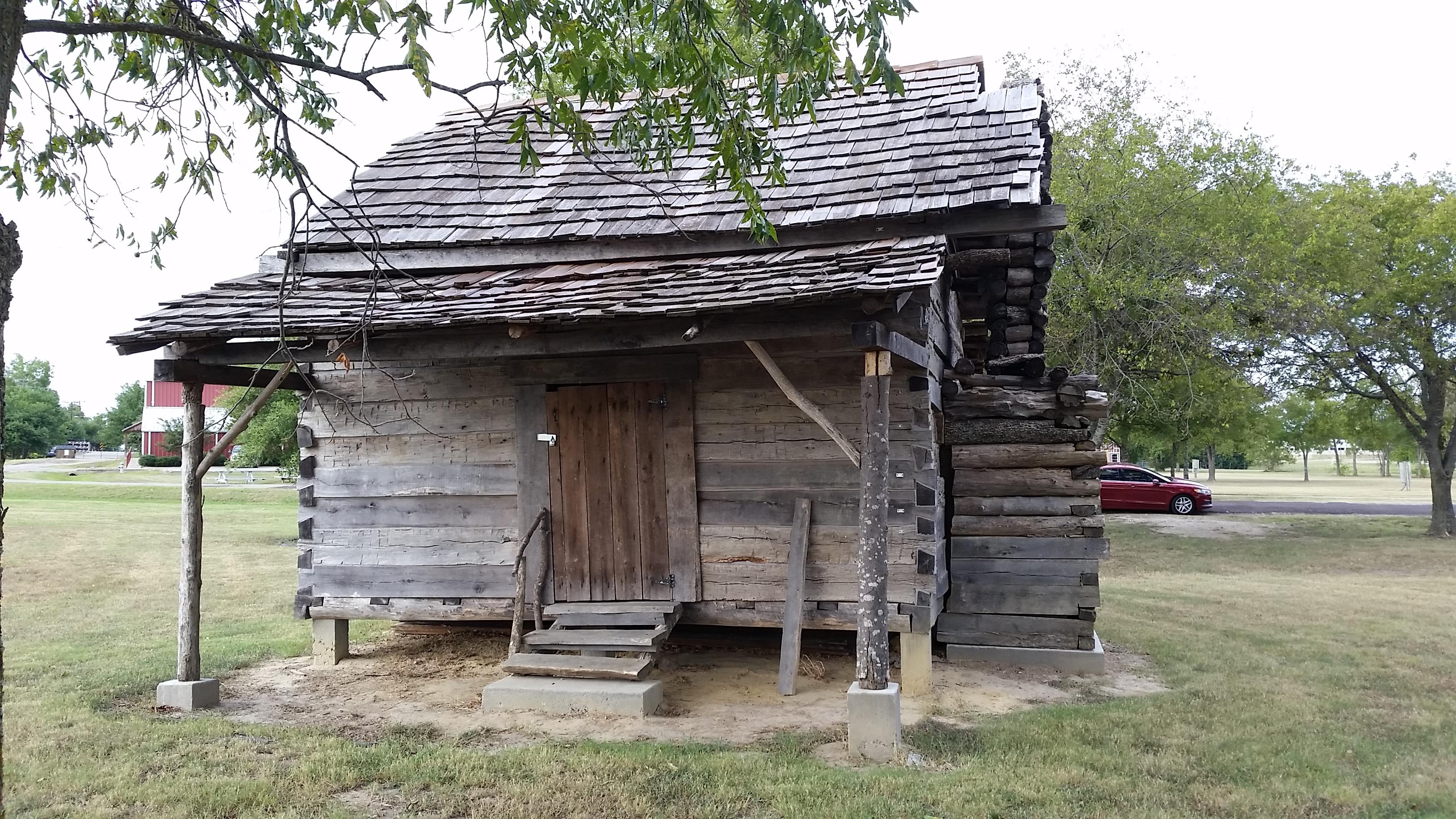 20150919 Slave Cabin 3