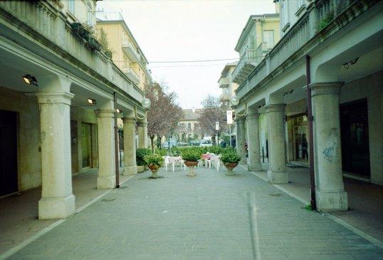 Mestre - Italian Courtyard Cafe