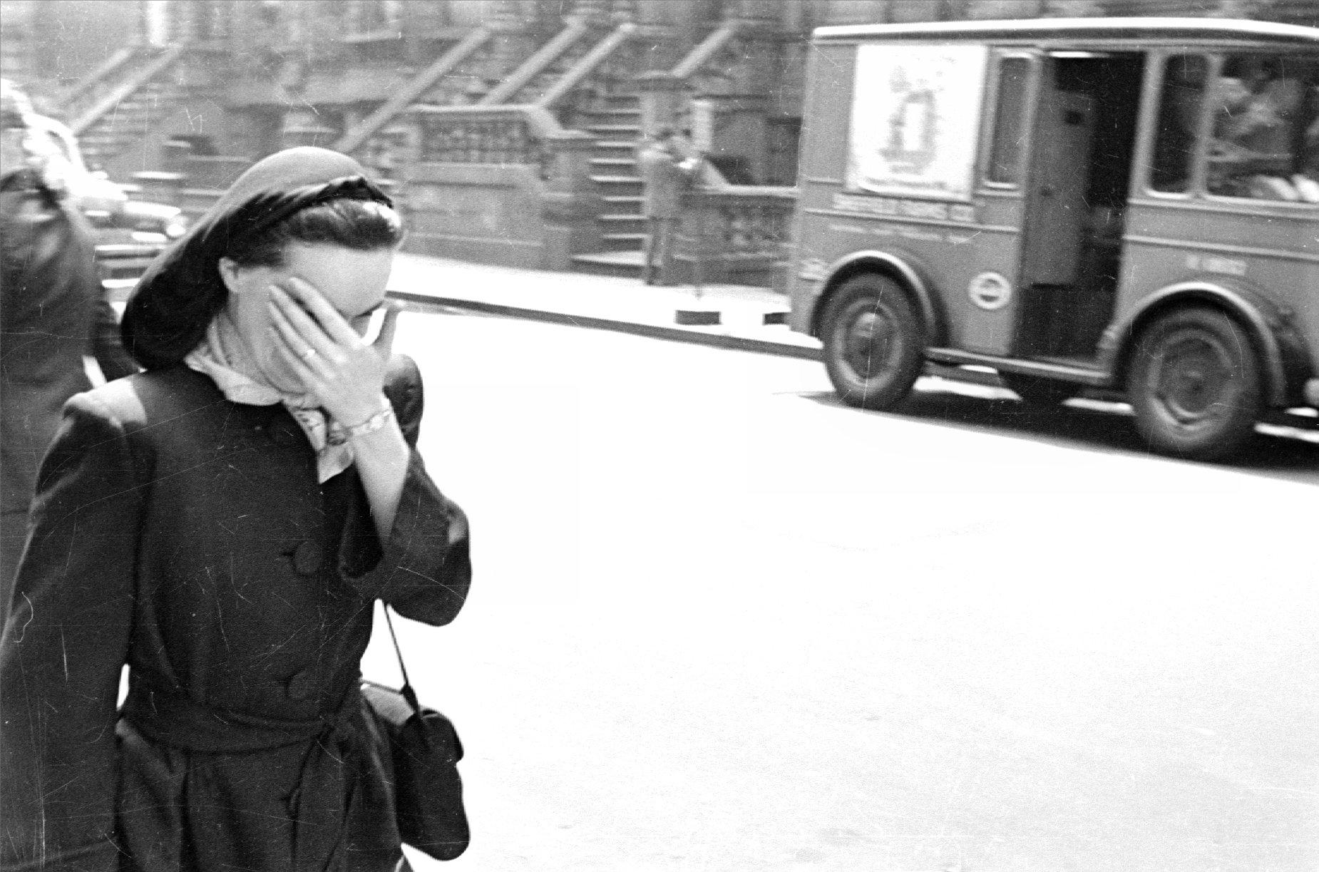 New York - Shy Girl